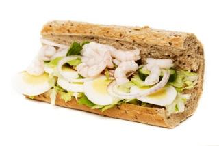 Grov sandwich m. æg & rejer