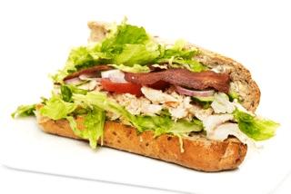 Grov sandwich m. kylling & bacon